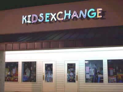 KIDSEXCHANGE Clothing Store