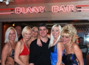 Hannity and his honies after a lengthy session of 'in-depth investigatory reporting' and 'hard hitting revealing exposes'